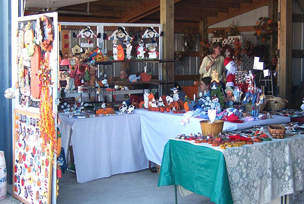 Craft Show Sunday Before Thanksgiving